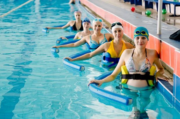 Особенности занятий в бассейне во время беременности