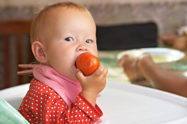 можно ли ребенку 1 год помидоры