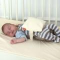 Зачем нужна грелка для новорожденных. Солевая грелка – ласковое тепло для новорожденных.